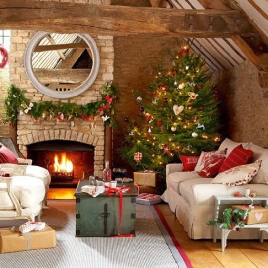 30 Stunning Ways to Decorate Your Living Room For Christmas - DIY .
