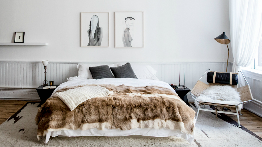 26 Simple and Chic Master Bedroom Decorating Ideas   StyleCast