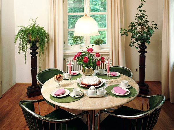 Interior Decorating Ideas for Small Dining Roo