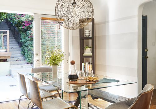 20 Small Dining Rooms That Make The Most Out of Limited Spa