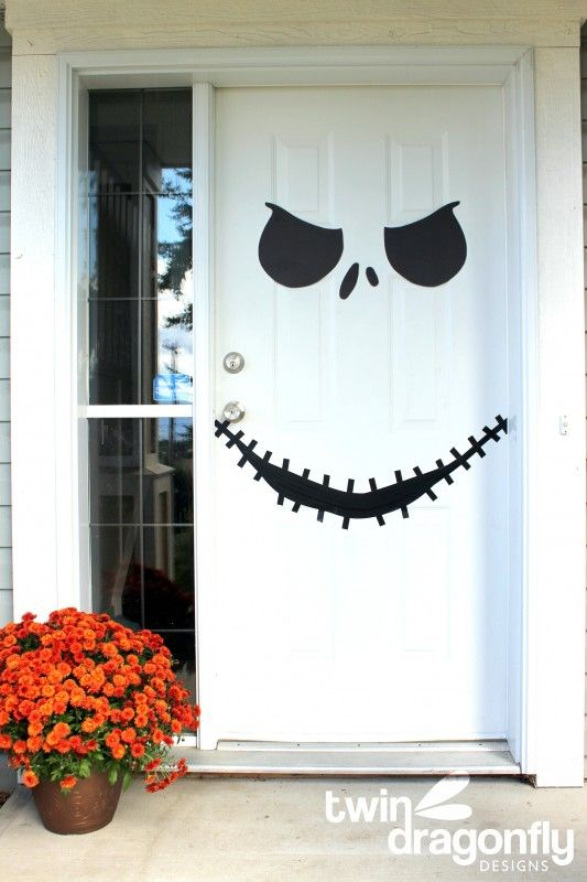 Spooky, Scary and Fun Halloween Door Decoration Ide