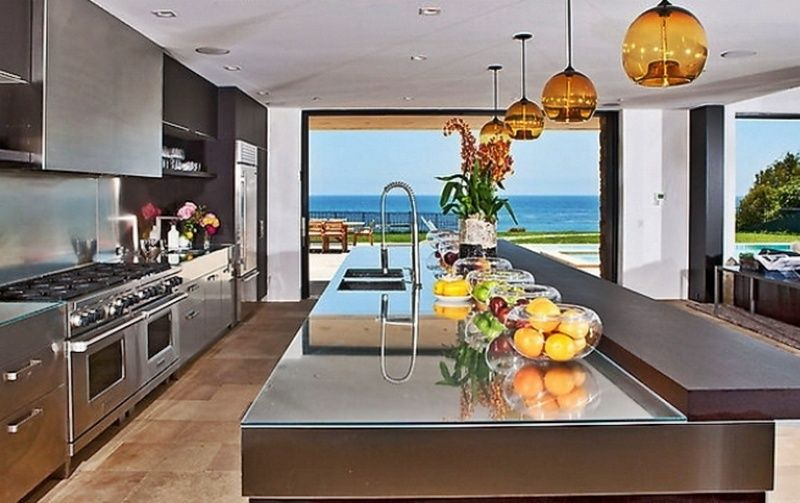 Kitchen View of Dream Beach House | Kitchen models, Kitchen island .