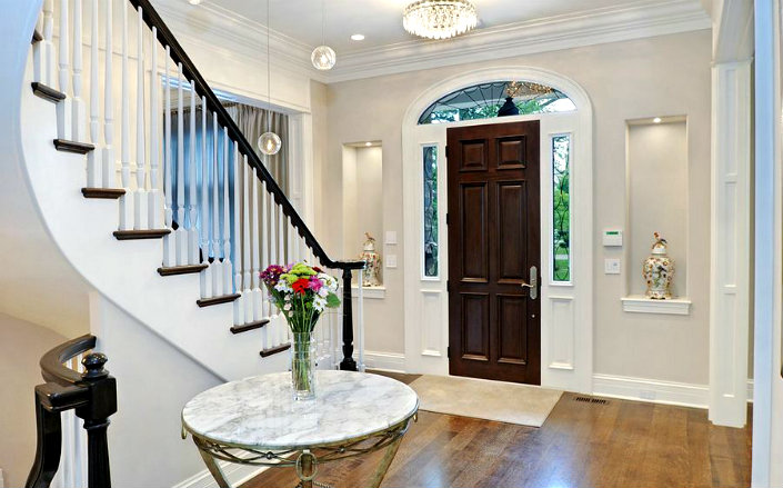 5 Reasons Why You Should Not Neglect Entrance Halls & Foye