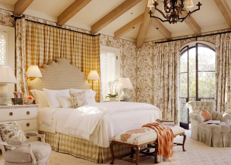 Ideas for French Country-Style Bedroom Dec