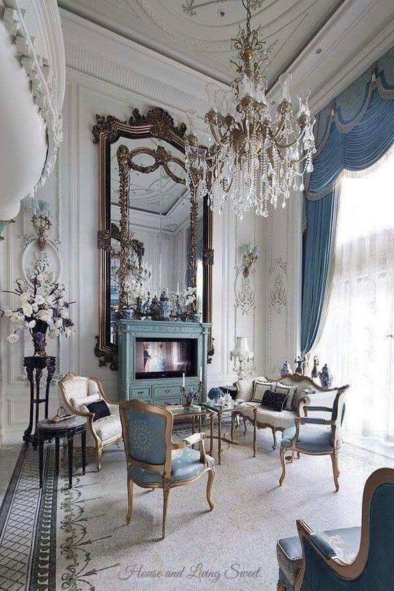 stunning and elegant living | French country decorating living .