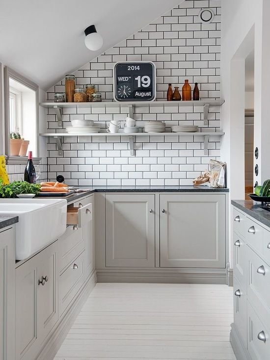 Houzz | Small Galley Kitchen Design Ideas & Remodel Pictures .