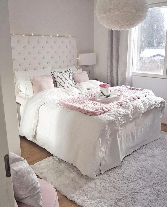 38 Cute and Girly Bedroom Decorating Tips for Teenagers | Small .
