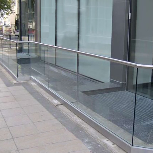 Glass Balustrades Made to Measure in Kent | Bespoke Gla