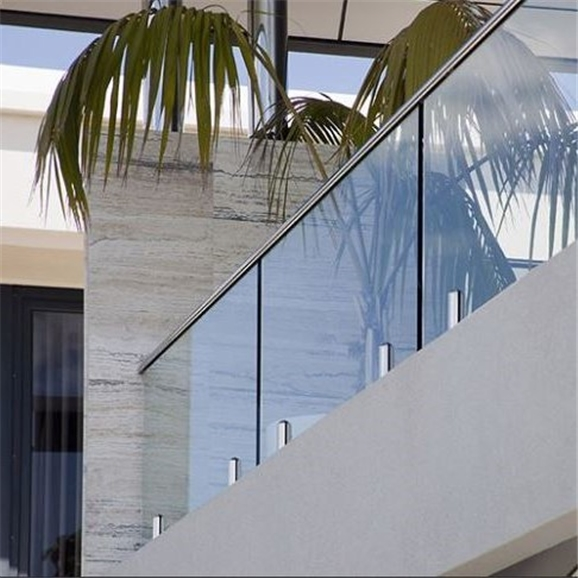 Stylish And Safe Balustrades For Your Ho