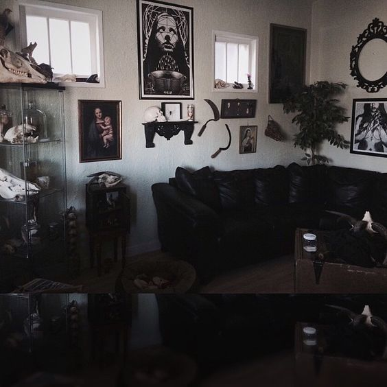 50 Gothic Designed Living Rooms and decorating ideas | Gothic .