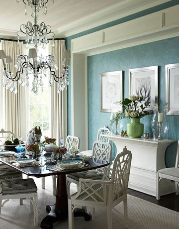Blue dining room + green and white accents | Dining room blue .