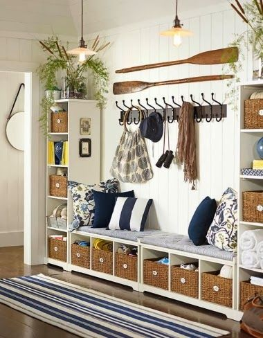11 Coastal Nautical Entryway Decor Ideas with a Wow Factor | Home .