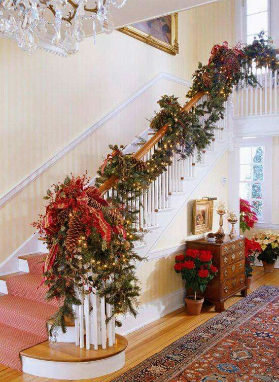 Christmas garland - what I love is the big arrangement on the .