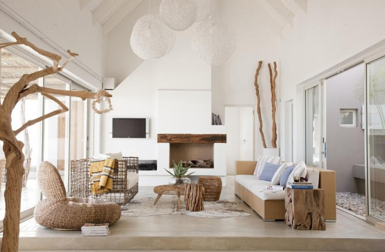 Modern Decorating Ideas for your Beach Hou