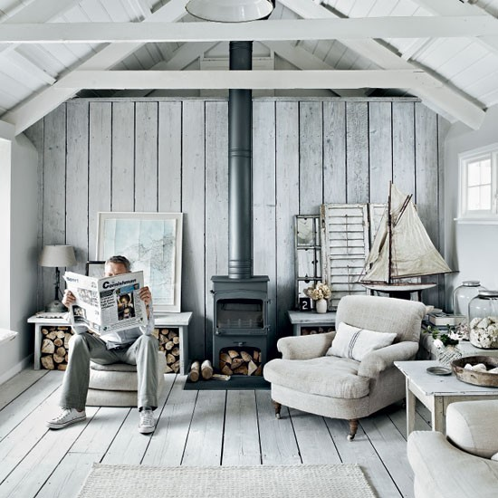 Rustic Coastal House Of Stone Gray Color - DigsDi