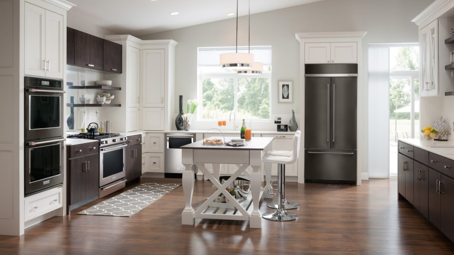Hire the Best Kitchen Remodeling Contractor | Angie's Li