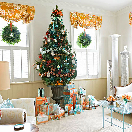 Four Ways of Decorating Your Living Room for Christm