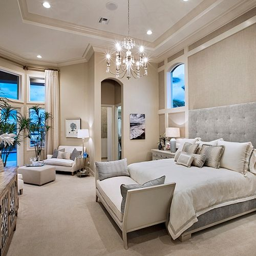 4 Tips on How to Organize Your Bedroom | Home bedroom, Luxurious .