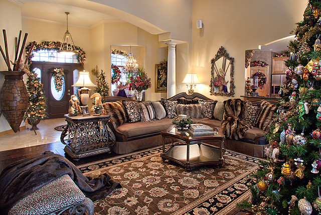 Christmas Decor - Mediterranean - Living Room - Chicago - by .
