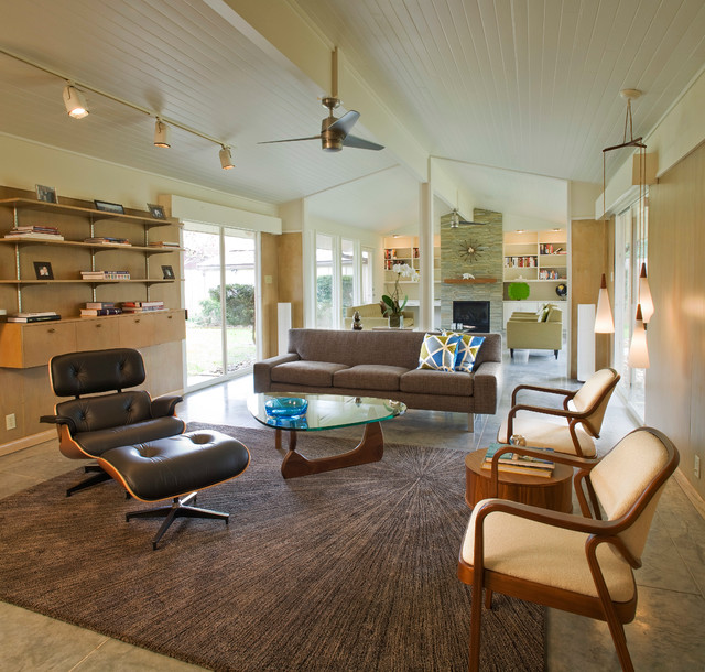 Mid-Century Modern - Midcentury - Living Room - Houston - by .