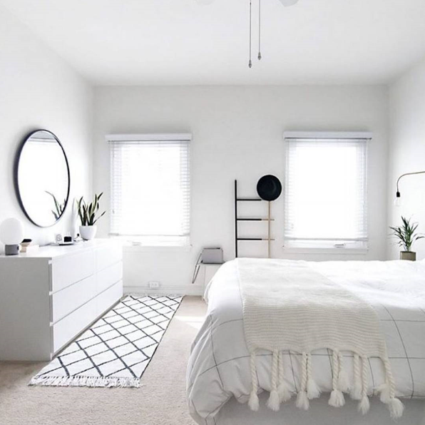 50 Nifty Small Bedroom Ideas and Designs | Minimalist room .