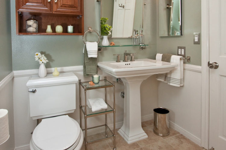 20 Beautiful Bathroom Designs with Pedestal Sin