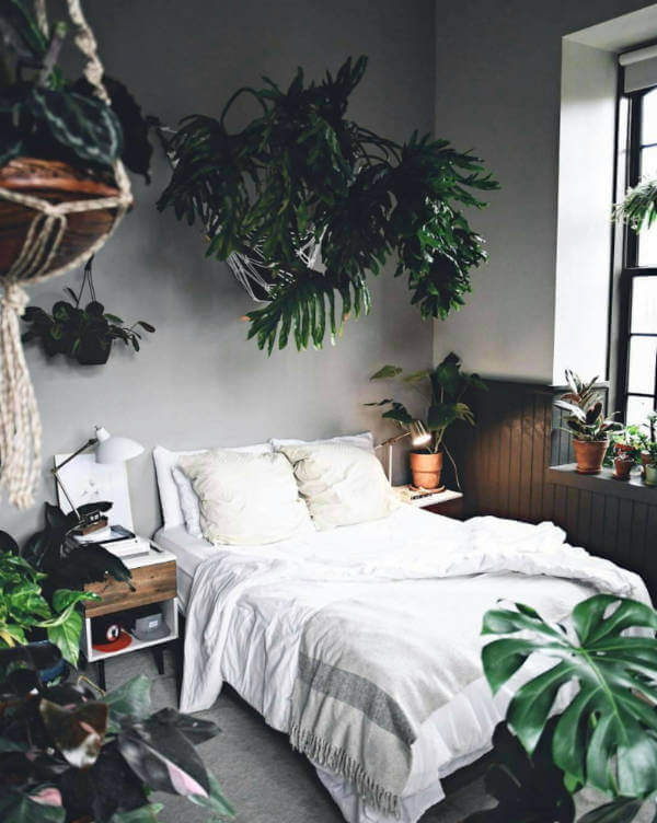 Natural Bedroom Ideas (that aren't all green!) | The House of Pillo