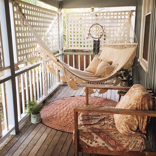 Bohemian Home Decor Ideas | Balcony furniture, European apartment .