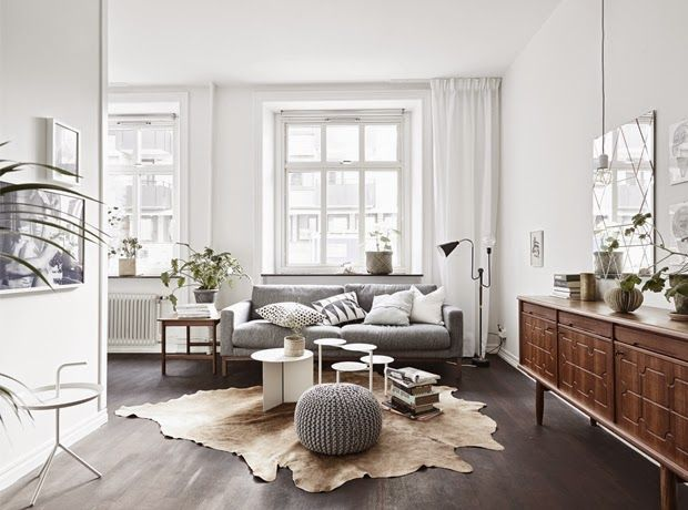 Tiny and Cozy Scandinavian Apartment (design attractor) | Black .