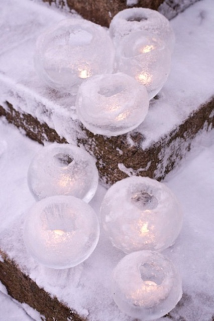 24 Creative Ice Christmas Decorations For Outdoors - DigsDi