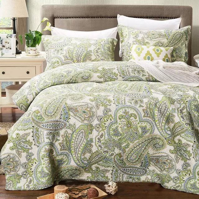 Green Color Luxury Boho Quilt Blanet Sheet,Size 230x250cm summer .