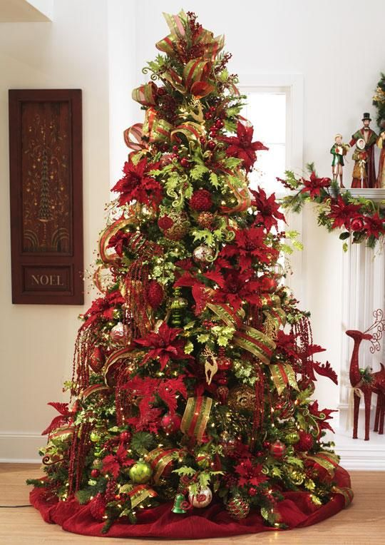 Red And Green Decorated Christmas Trees] Beautiful Christmas Tree .