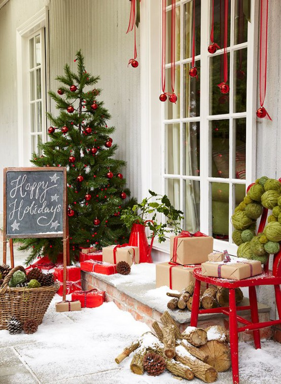 Top 40 Fun And Festive Red And Green Christmas Decoration Ideas .