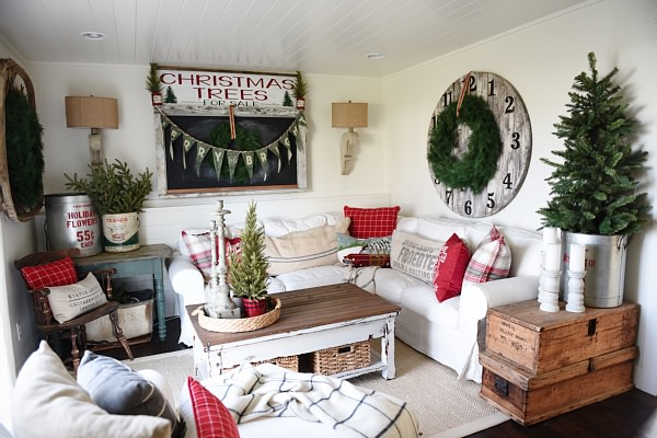 DIY Rustic Christmas Decorations You Are Going to Love • The .