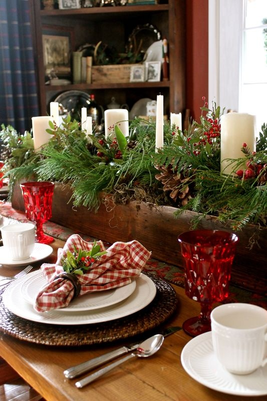 38 Inspiring Rustic Christmas Table Settin