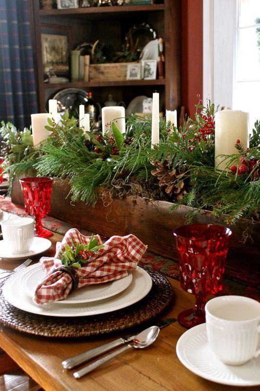 Rustic Christmas Table Settings