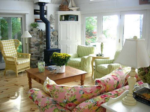 Best Tips for Decorating Cottage Country Interiors | Country .