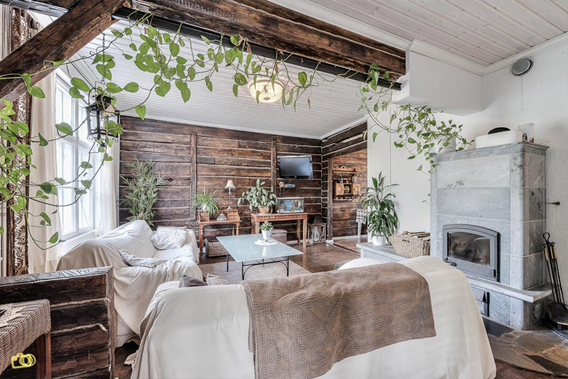 Country style home with a scandinavian twi