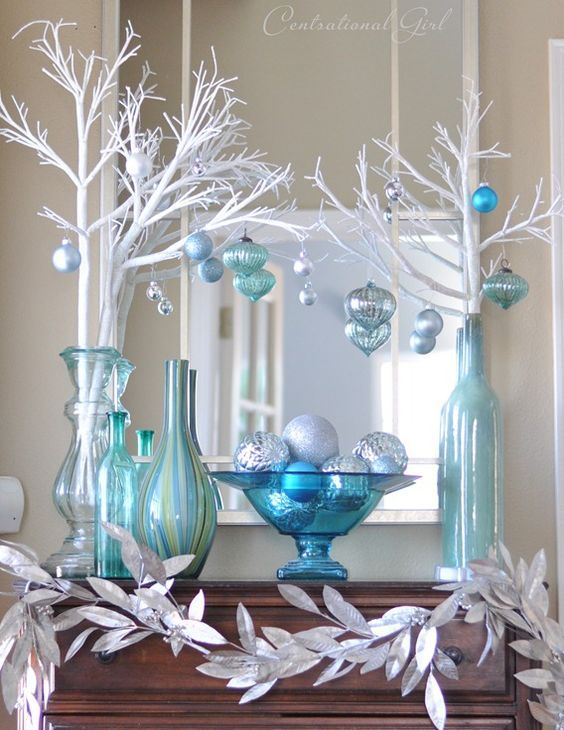 Top Blue And White / Blue And Silver Christmas Decorations .