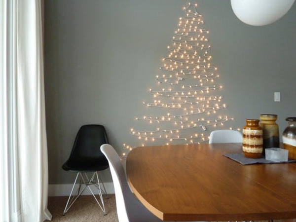 15 Simple And Practical Christmas Decorating Ideas For Tiny Spaces .
