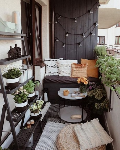 20 Cool And Cozy Small Balcony Design Ideas 15 - Artega