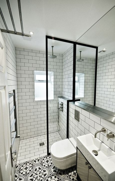 30+ Smart Bathroom Design Ideas For Small Spaces | Small shower .
