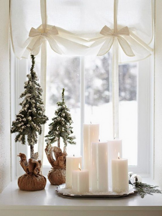 30 Creative Christmas Décor Ideas For Small Spaces - DigsDi