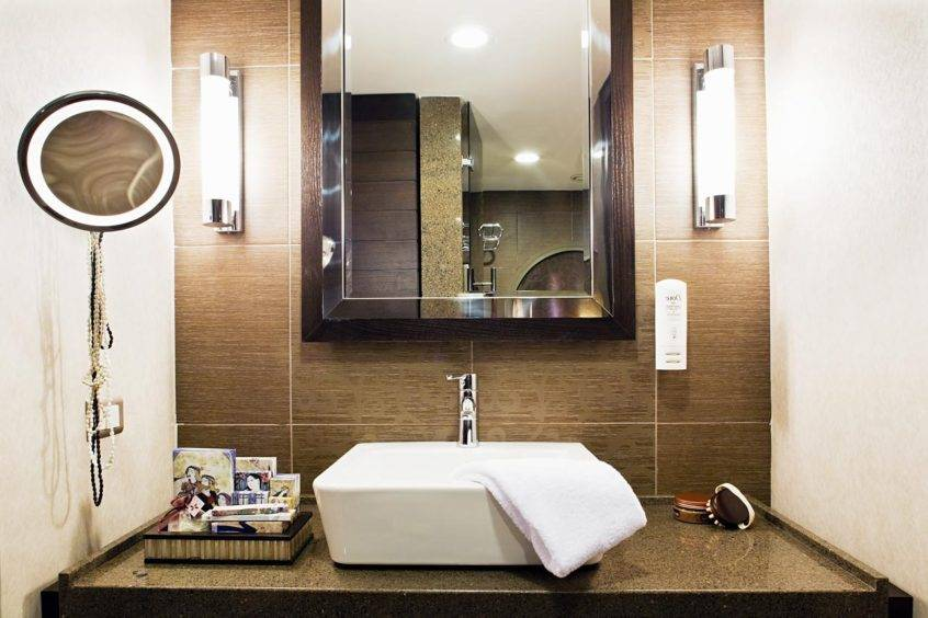 Smart And Creative Bathroom Lighting Ideas Modern Farmhouse Home .