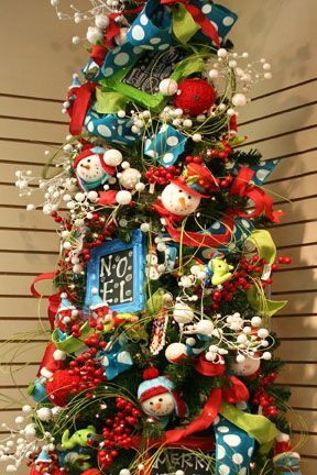 Colorful Christmas Tree Decorating Ideas | whimsical and colorful .
