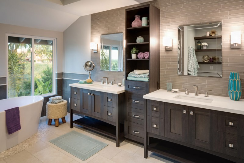 Award-Winning Spa-Like Bathroom Makes A Sophisticated And Chic .