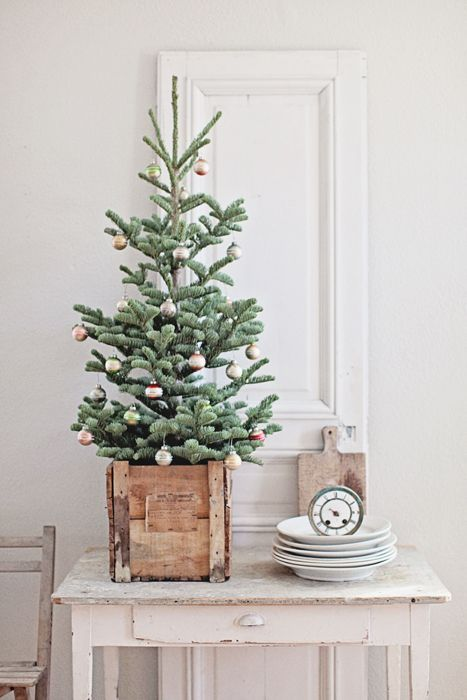 ATTRACTIVE SPACE SAVING CHRISTMAS TREE INSPIRATIONS | Christmas .