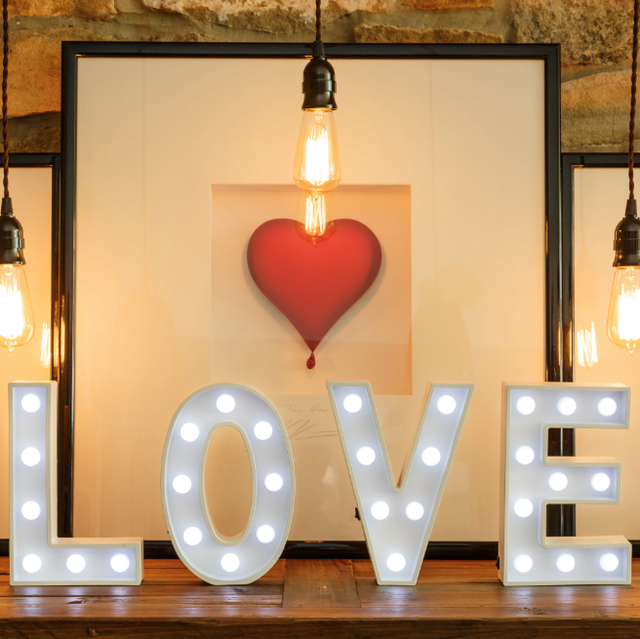 18 DIY Valentine's Day Decorations - Easy Valentines Day Decor Ide