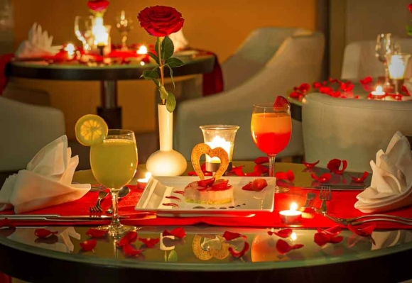 Valentine Decoration ideas for the   Restaurant