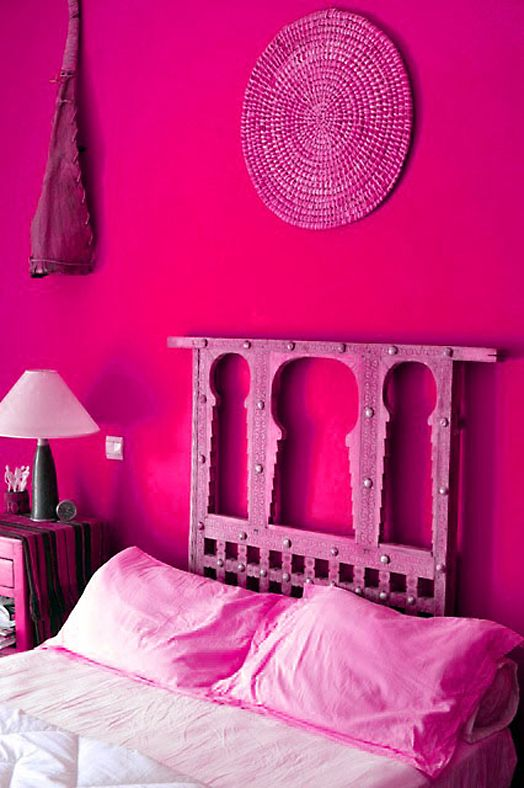 Hot pink is vibrant and happy. Perfect color for a bedroom. #home .